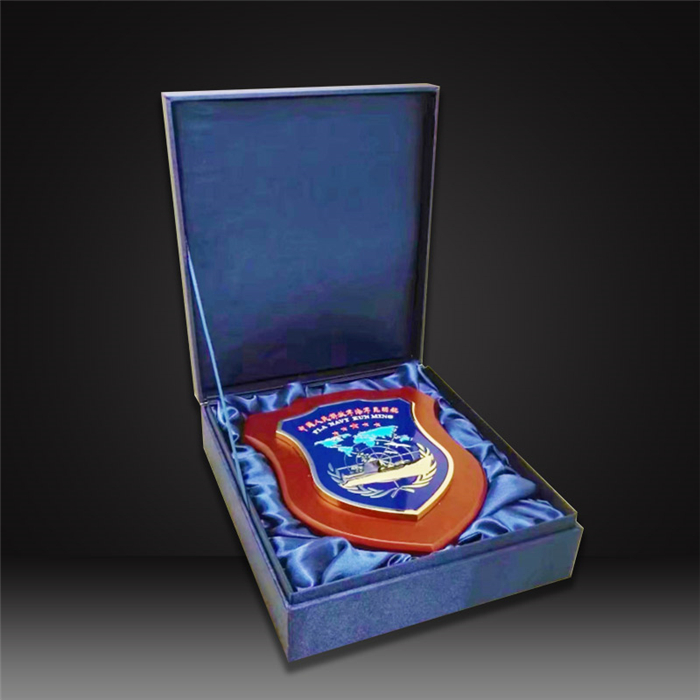 military custom wooden awards