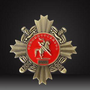 cross-pin-badg