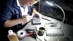 lapel pins manufacturer -3