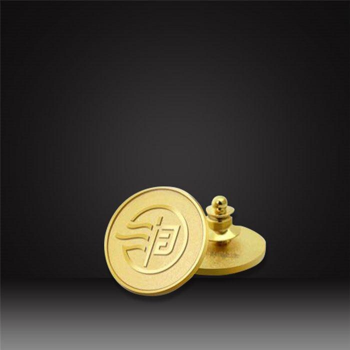 2D die-casting lapel pins